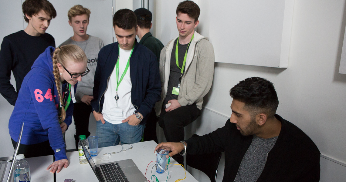 Flow Athens offers UX prototyping workshop for design students at Ravensbourne College, London